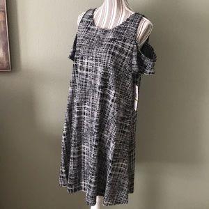 Stunning Cold Shoulder black & white dress
